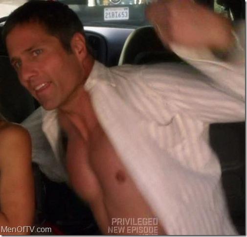 rob-estes-shirtless