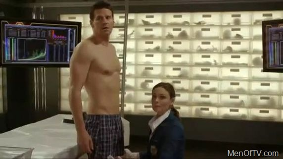 TJ Thyne Nude Pictures, Naked Scenes