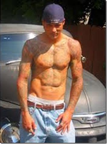 David_Labrava_shirtless_08