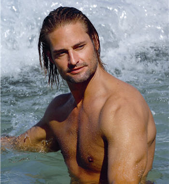 josh_holloway_shirtless