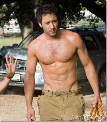 alex-oloughlin-shirtless