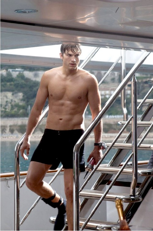 Ashton Kutcher to Replace Charlie Sheen - MenofTV.com