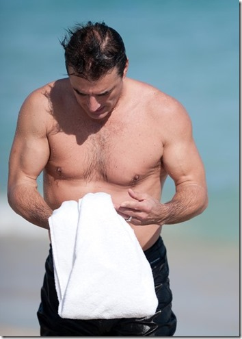 Chris_Noth_shirtless_02b