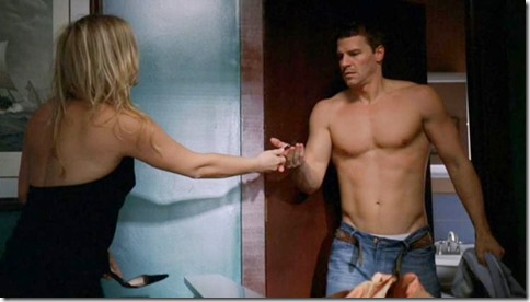 David_Boreanaz_shirtless_64