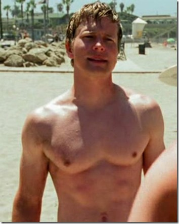 Matt_Czuchry_shirtless_07