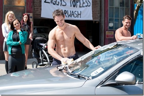 Ayden_Callaghan_shirtless_02